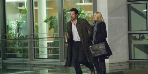 The International - Clive Owen, Naomi Watts