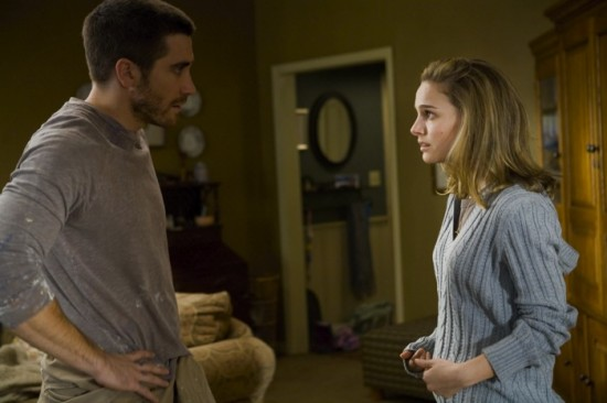 Jake Gyllenhaal and Natalie Portman in BROTHERS_JPG