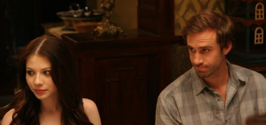 Michelle Trachtenberg and Joseph Fiennes in Against the Current