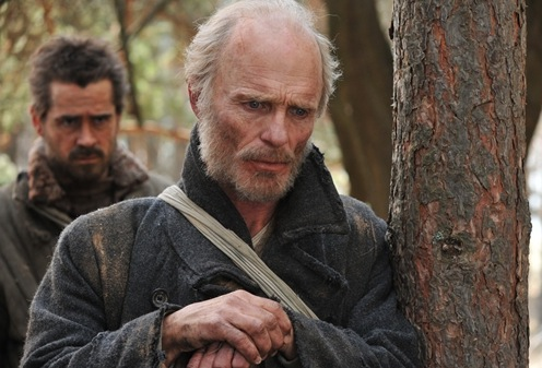 Colin Farrell and Ed Harris in The Way Back