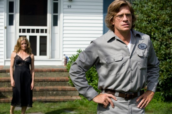 Elsabeth Shue and Thomas Haden Church in Don McKay