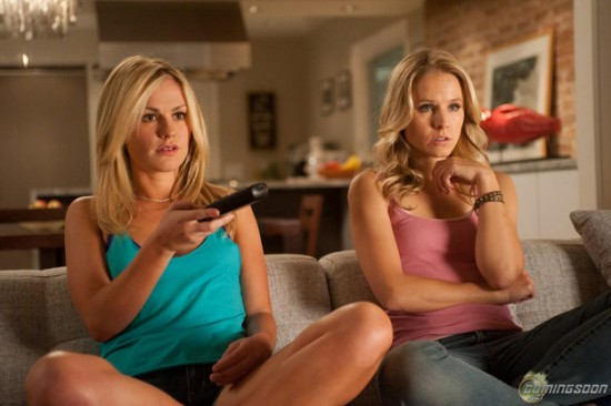 Scream 4 movie photo | Anna Paquin and Kristen Bell