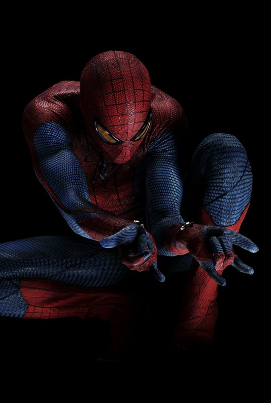 Andrew Garfield in full Spider-Man costume in The Amazing Spider-Man.