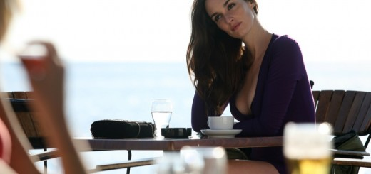 cat run movie photo with Paz Vega