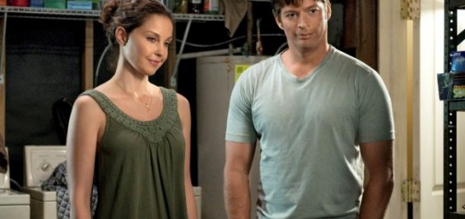 Dolphin Tale photo - Ashley Judd, Harry Connick Jr.