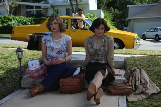 DIRTY GIRL movie photo - Milla Jovovich, Mary Steenburgen