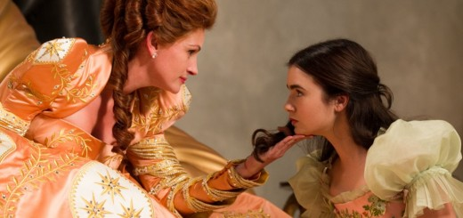 'Mirror Mirror' with Lily Collins and Julia Roberts (4)