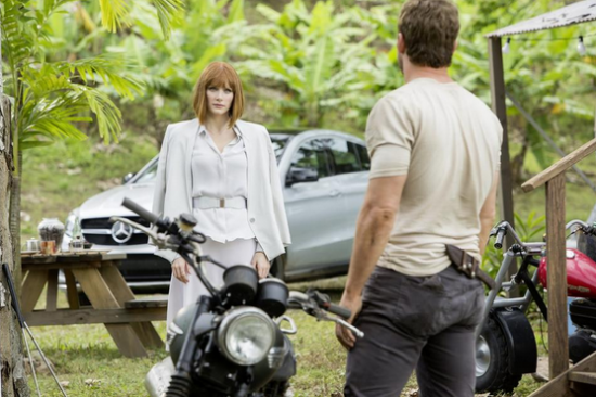 jurassic-world-movie-photo